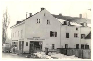 1960: Bäckerei und Bank